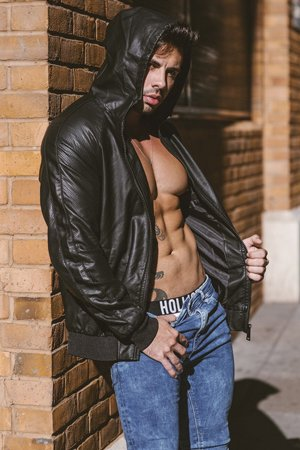 Muscular Bisexual Escort Boy in London
