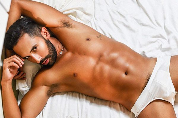 Horny Young London male Escort
