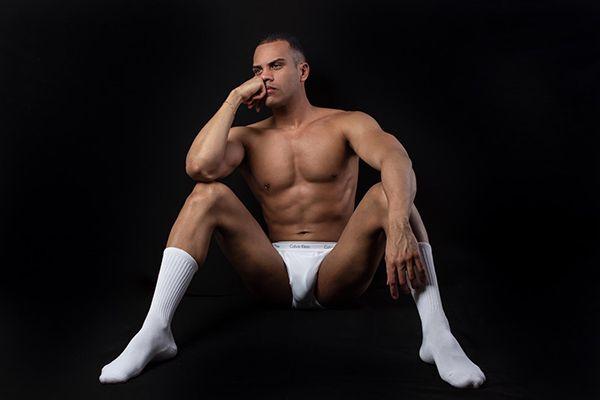 VWE Bisexual Male Escort